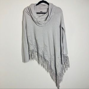 Free People Sweaters - Free People temptress poncho